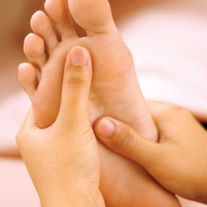 lower-leg-and-foot-therapy-5-day-ayurvedic-massage-therapy-tri-dosha